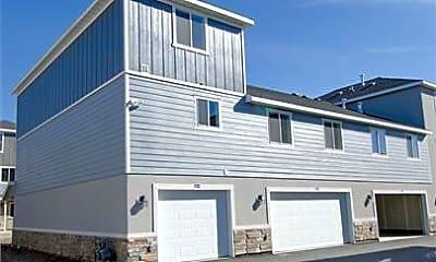 Building, 246 N 750 E St, 0