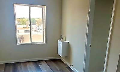 Bedroom, 1149 N Mission Rd, 2