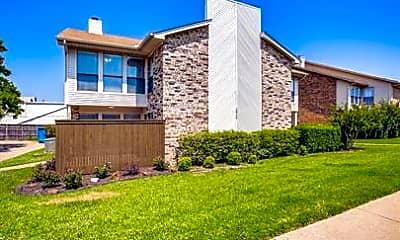 Building, 2801 Meadow Park Dr D, 1