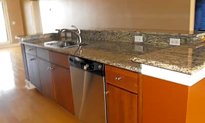 Kitchen, 1661 Riverside Ave 418, 2