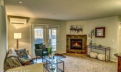 Living Room, 20720-20770 Empire Blvd  Unit 100, 0