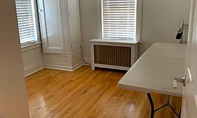 Living Room, 165 Tier St, 2