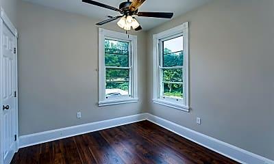 Bedroom, 2303 Ashland Ave, 2