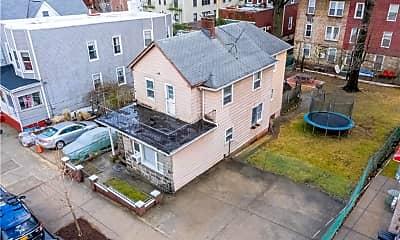 Building, 260 E 236th St, 2