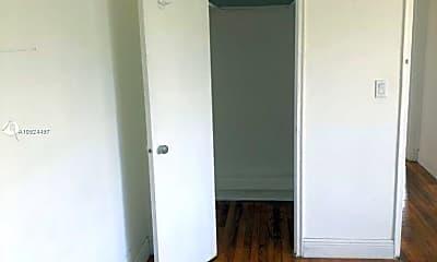 Bedroom, 1945 Bay Dr 2, 2