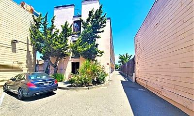 Building, 2830 International Blvd, 1