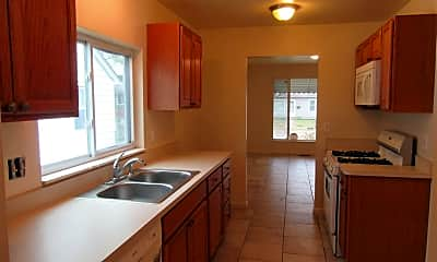 Kitchen, 1728 E Meyers Ave, 1