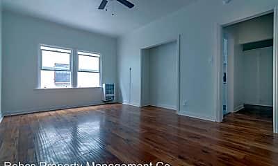 Living Room, 404 N Coronado St, 1