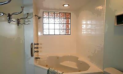 Bathroom, 62 Moody Dr, 2