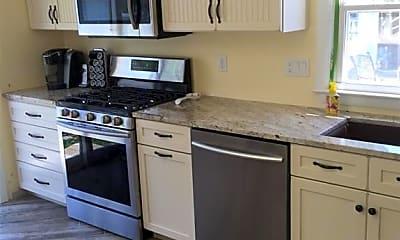 Kitchen, 28 Whitecap Rd, 2