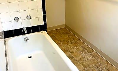 Bathroom, 1331 SW 12th Ave, 2