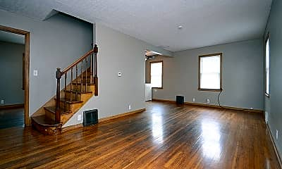 Living Room, 2531 Franklin St, 1