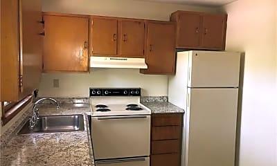 Kitchen, 88 Hickory St 7, 1