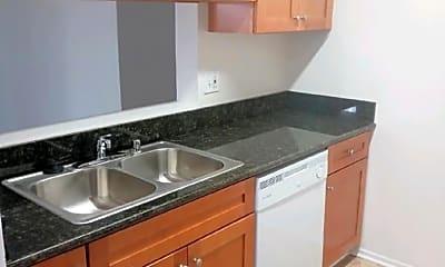 Kitchen, 320 W Maple St, 1