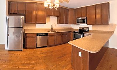 Kitchen, 32 Burling Ln, 1