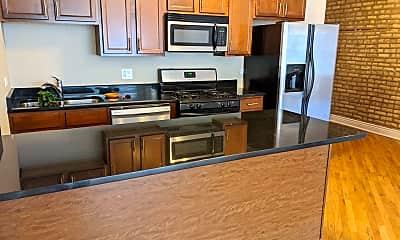 Kitchen, 4946 N. Christiana 2N, 1
