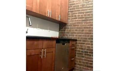 Kitchen, 341 E 82nd St, 1