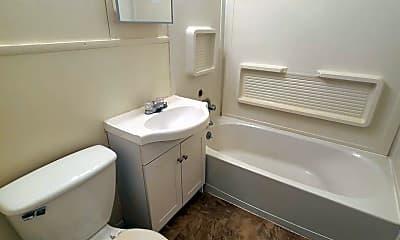 Bathroom, 1909 N Madison St, 2