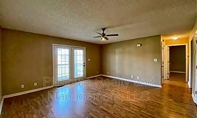 Living Room, 378 Jack Miller Blvd, 1