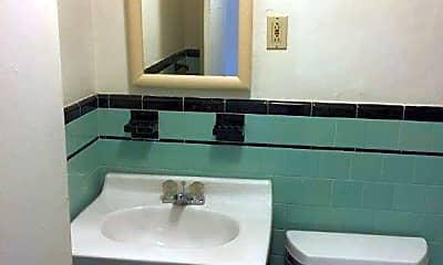 Bathroom, 346 Union St, 2