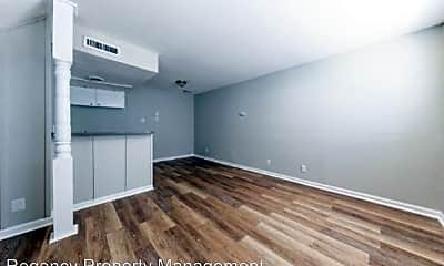 Living Room, 2447 Harry Wurzbach Road, 0