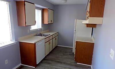 Kitchen, 3716 Heritage Pkwy, 2