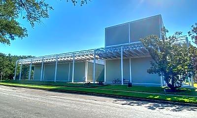 Building, 3918 Mandell St, 1