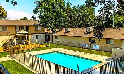 Cedar Creek Apartments, 0
