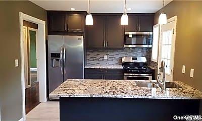 Kitchen, 18 Seymour Ln, 1