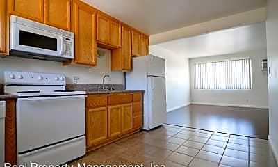 Kitchen, 2850 Pioneer Dr, 1