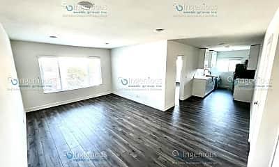 Living Room, 7006 Lanewood Ave, 0