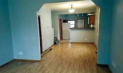 Living Room, 506 Elsmere St, 1