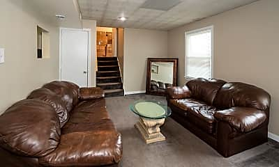 Living Room, 1803 Shirleydale Ave, 1