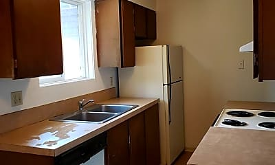 Kitchen, 110 N Lilly St, 1