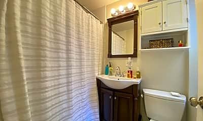 Bathroom, 33 Snow Hill St, 2