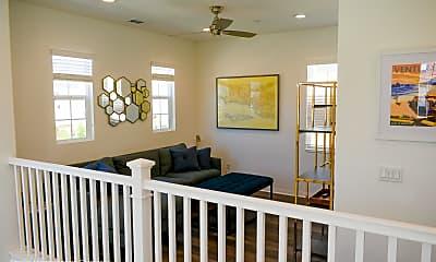 Living Room, 400 Chickasaw St, 2