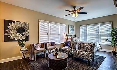 Living Room, 615 N Marsalis Ave 8, 0