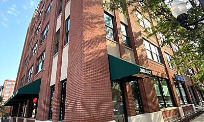 Building, 812 W Van Buren St 4G, 0