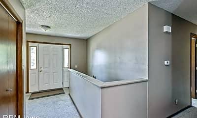 Building, 5020 Emerson Dr, 1