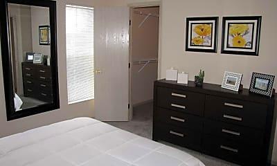 Bedroom, Eastpointe Lakes, 2