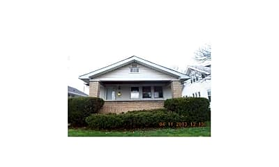 Building, 830 N Denny St, 0