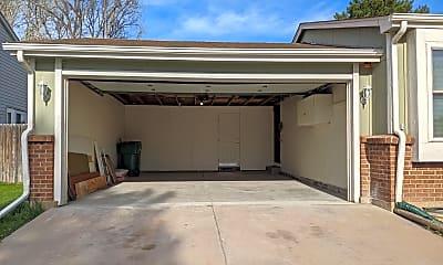 Building, 5801 S Parfet St, 1