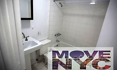 Bathroom, 95-08 37th Ave, 1