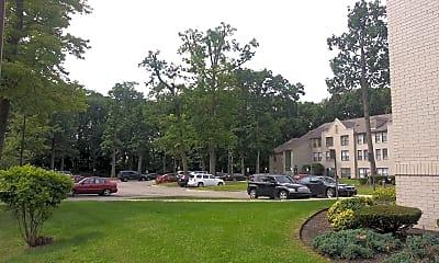 McGivney-Bethune Apartments, 2