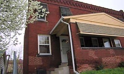 Building, 22 W Hudson St, 0