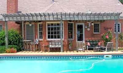 Pool, 583 Merriweather Dr, 1