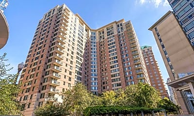 Building, 851 N Glebe Rd 1503, 0