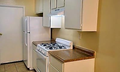 Kitchen, 1051 Dawson Ave, 1