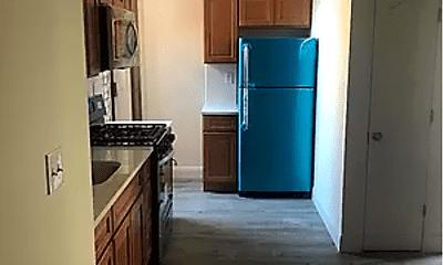 Kitchen, 246 E 199th St, 0