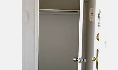 Bathroom, 107 New St, 2